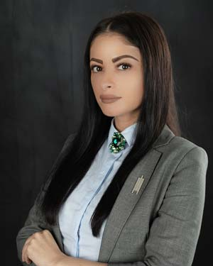 Ramona Alexandra - Real Estate Agent in City Walk Apartments Dubai