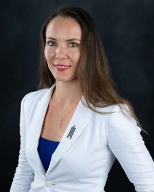 Real Estate Agent - Cristina Georgescu